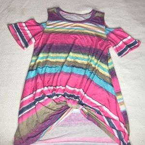 Colorful cold shoulder long tee